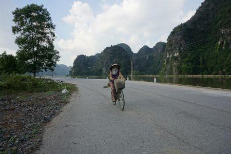 Local Ninh Binh